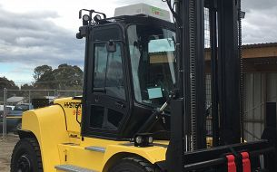 Australian Sustainable Hardwoods Improve Flexibility and Efficiency with Hyster Forklifts