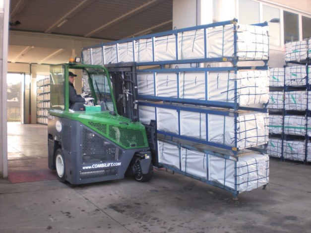 Safer Long Load Handling with Combilift