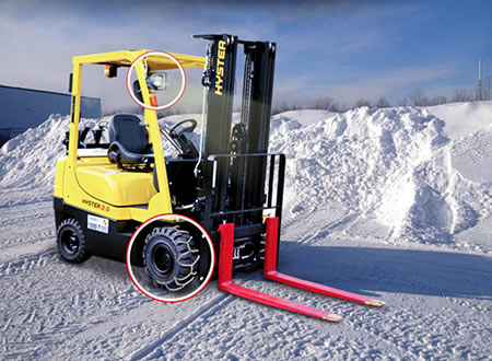 Forklifts in winter 3