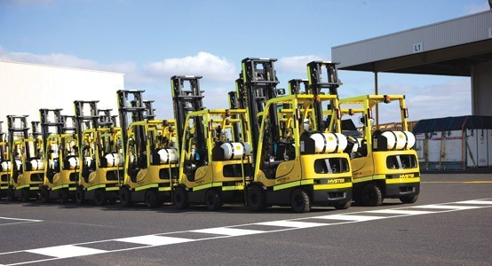 Qantas Hyster Forklifts1