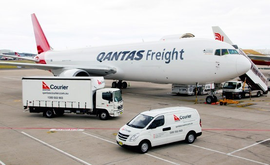 Qantas Plan Trucks