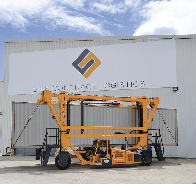 First ever Combilift Straddle Carrier at Silk Logistics