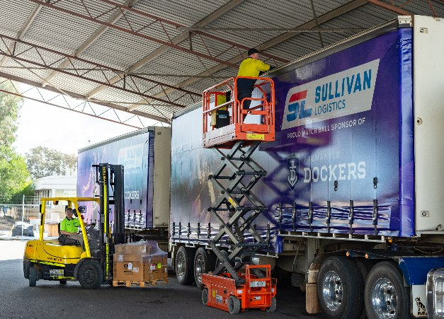 Kalexpress/Sullivan Logistics overcome the challenges of maintaining their forklift fleet with Adaptalift Group