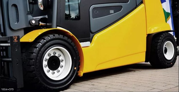Choosing the best forklift tyre for low and medium intensity operations