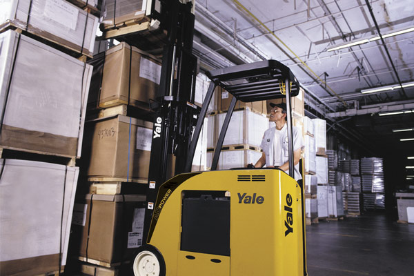 Yale ESC030-40AC 3-Wheel Electric Stand-up