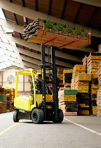 Hyster J2.2–3.5XN Electric Forklifts
