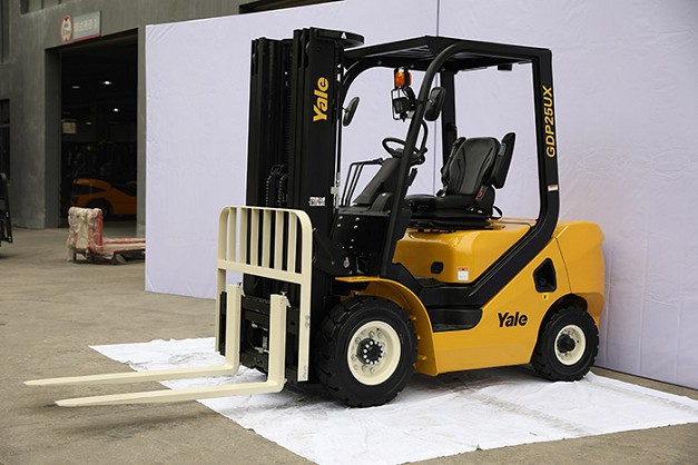 Yale GP20-35UX Counterbalanced Forklifts