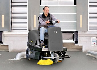 Special: Kärcher Indoor/Outdoor Ride On Sweeper