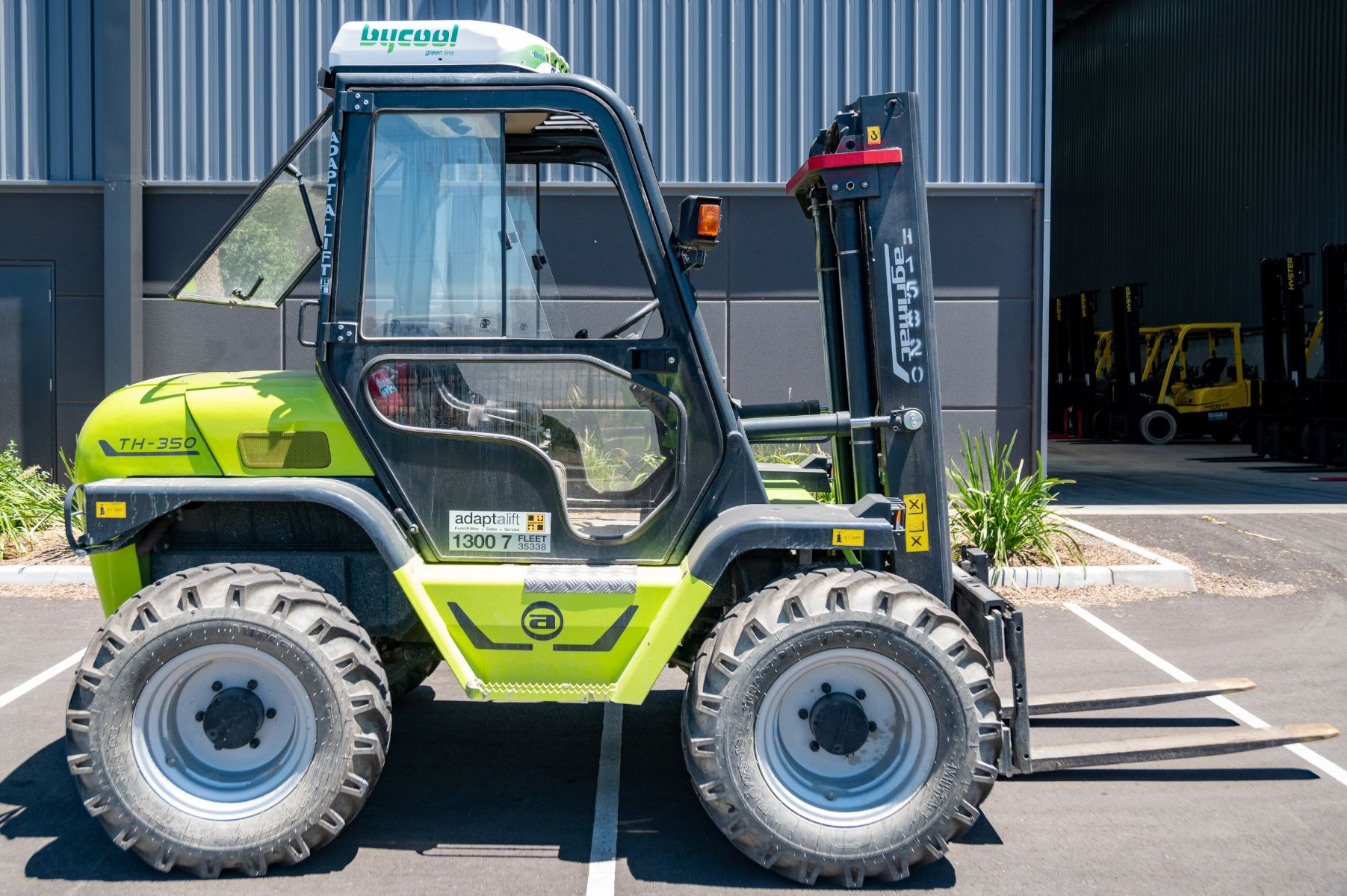 Used forklift: AGRIA TH350